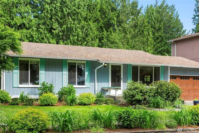 830 207th Ave NE, Sammamish, WA 98074 (#1603796) :: Real Estate Solutions Group