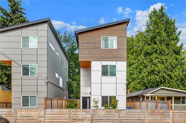 10245 17th Ave SW, Seattle, WA 98146 (#1604022) :: Keller Williams Western Realty