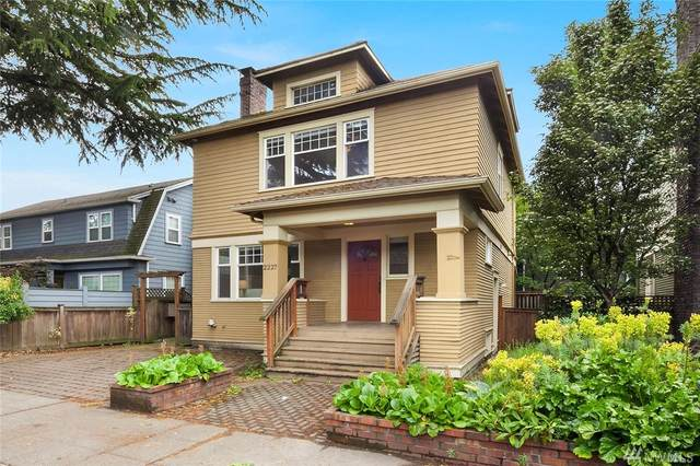 2227 Boylston E, Seattle, WA 98103 (#1604309) :: Keller Williams Western Realty