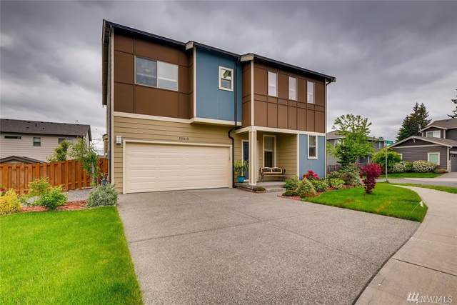 22513 SE 284th Ct, Maple Valley, WA 98038 (#1604313) :: Costello Team