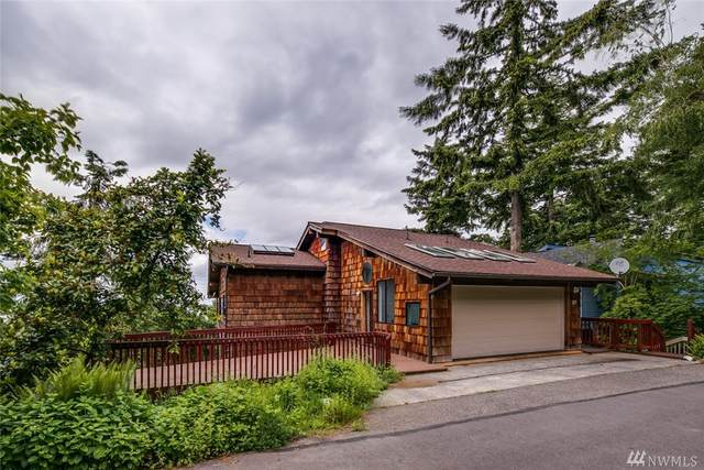 213 Morey Ave, Bellingham, WA 98225 (#1604325) :: KW North Seattle