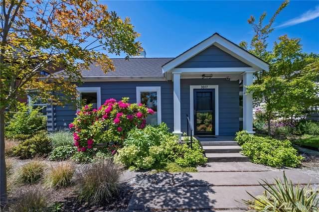 3017 27th Ave W, Seattle, WA 98199 (#1604413) :: Alchemy Real Estate