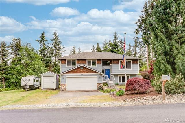 1585 Poplar Lane, Camano Island, WA 98282 (#1604637) :: Northern Key Team