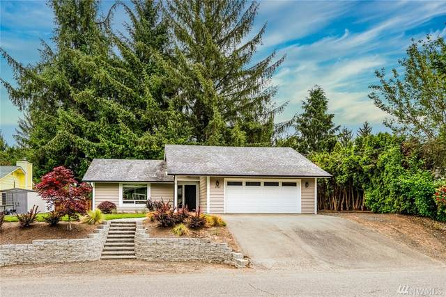 6040 W Sarazen St SE, Lacey, WA 98513 (#1604941) :: The Torset Group