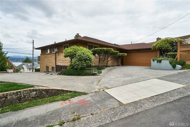 9910 64th Ave S, Seattle, WA 98118 (#1605085) :: NW Homeseekers