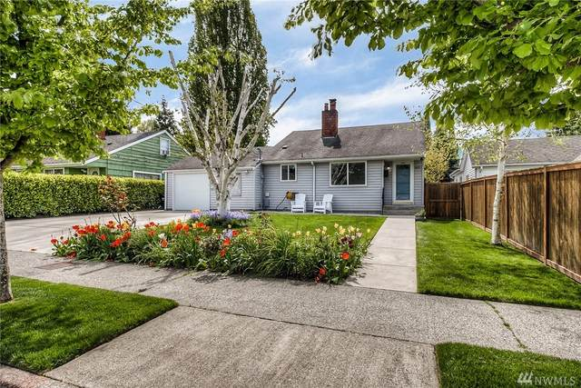 1421 SW Cloverdale St, Seattle, WA 98106 (#1605149) :: The Kendra Todd Group at Keller Williams