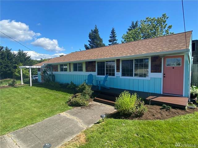 205 NE 7th St, Coupeville, WA 98239 (#1605257) :: Pickett Street Properties