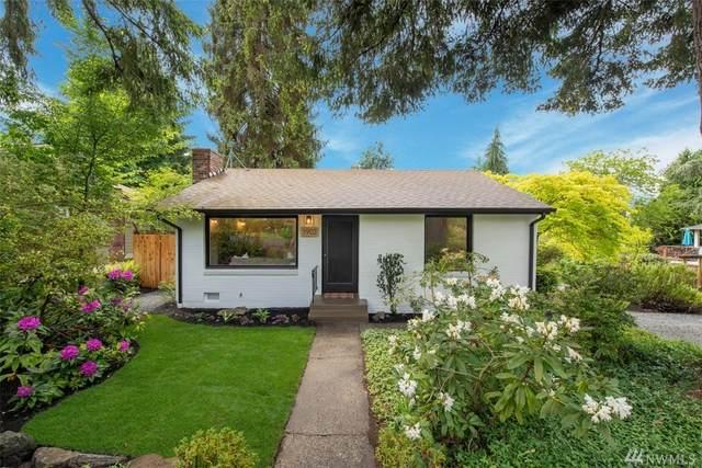 3903 NE 115th St, Seattle, WA 98125 (#1605295) :: TRI STAR Team | RE/MAX NW