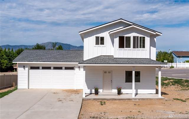 2390 Bentley, East Wenatchee, WA 98802 (#1605392) :: Ben Kinney Real Estate Team