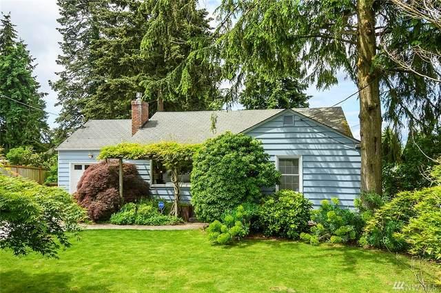 9815 8th Ave NE, Seattle, WA 98115 (#1605671) :: TRI STAR Team | RE/MAX NW
