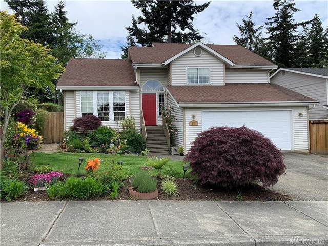 5722 1st Dr W, Everett, WA 98203 (#1605716) :: KW North Seattle