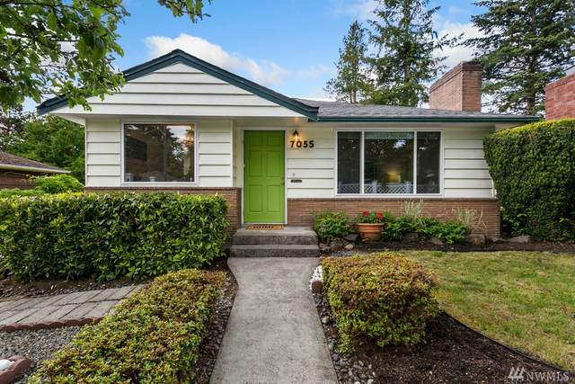 7035 25th Ave NE, Seattle, WA 98115 (#1605767) :: Real Estate Solutions Group