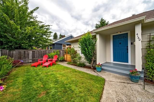 4140 37th Ave SW, Seattle, WA 98126 (#1605799) :: Costello Team