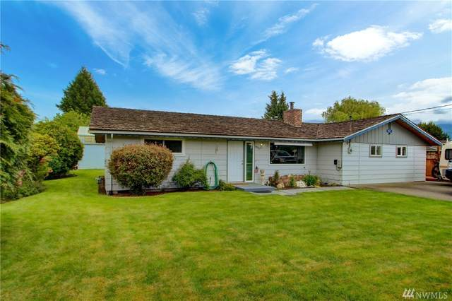9027 Fruitdale Rd, Sedro Woolley, WA 98284 (#1606120) :: Costello Team