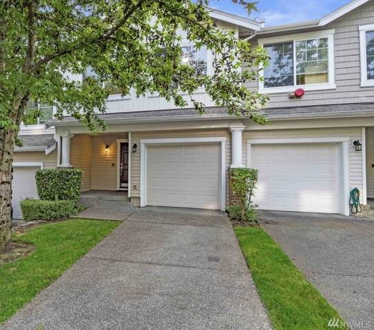 4815 Lake Place S B, Renton, WA 98055 (#1606181) :: Real Estate Solutions Group