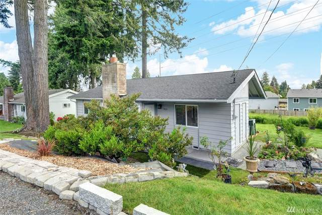 7829 Highland Dr, Everett, WA 98203 (#1606255) :: Costello Team