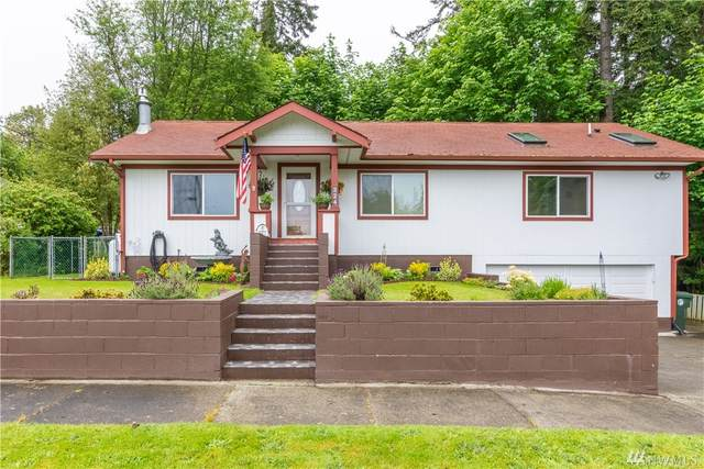 324 W 15th St, Port Angeles, WA 98362 (#1606270) :: The Kendra Todd Group at Keller Williams