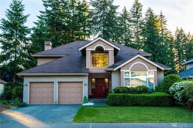 26021 Lake Wilderness Country Club Dr SE, Maple Valley, WA 98038 (#1606377) :: The Kendra Todd Group at Keller Williams