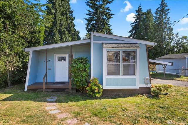 3725 W F St, Bremerton, WA 98312 (#1606520) :: The Royston Team