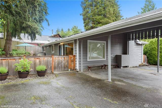 19517 55th Ave NE, Lake Forest Park, WA 98155 (#1606552) :: The Royston Team