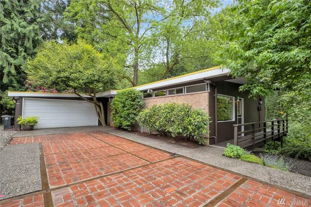 1701 NE 104th St, Seattle, WA 98125 (#1606594) :: Northern Key Team