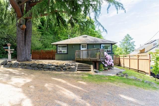 2201 SW Genesee St, Seattle, WA 98106 (#1606645) :: Keller Williams Realty