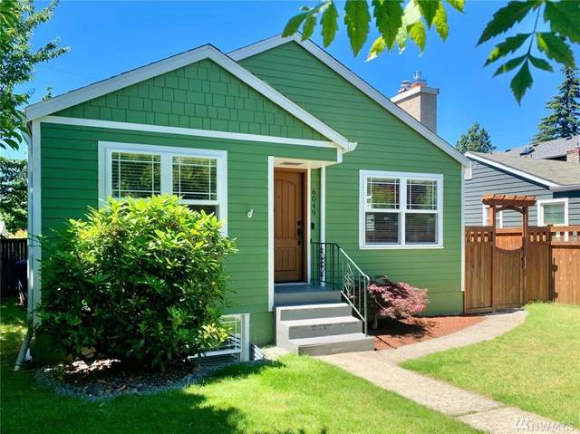 6049 Fauntleroy Wy SW, Seattle, WA 98136 (#1606801) :: Northern Key Team