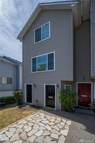 5214 Fauntleroy Wy SW D, Seattle, WA 98136 (#1606852) :: The Kendra Todd Group at Keller Williams