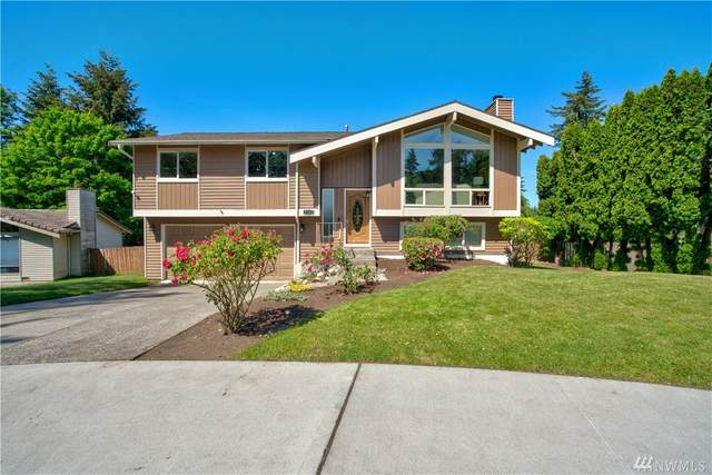 2103 SE 21st St, Renton, WA 98055 (#1606884) :: Keller Williams Western Realty