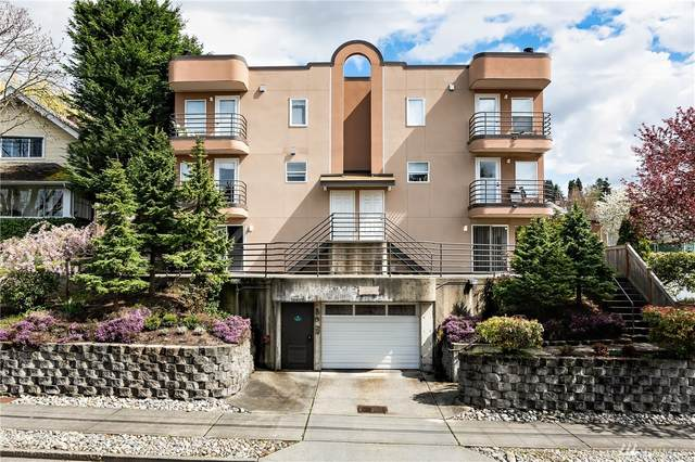 3216 14th Ave W #208, Seattle, WA 98119 (MLS #1607141) :: Brantley Christianson Real Estate