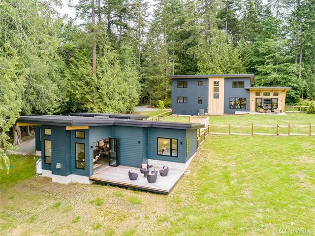 11655 Olympic Terrace Ave NE, Bainbridge Island, WA 98110 (#1607304) :: Keller Williams Western Realty