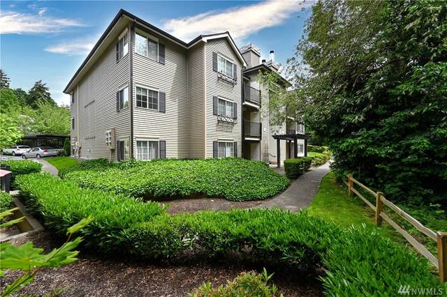 215 9th St D304, Kirkland, WA 98033 (#1607380) :: Real Estate Solutions Group