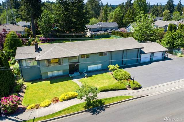 10231 126th Ave NE, Kirkland, WA 98033 (#1607505) :: Hauer Home Team