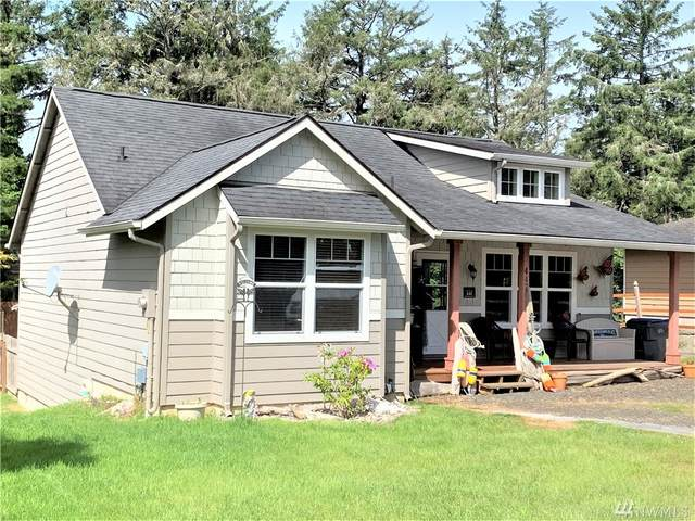 447 Mud Hen Lp SE, Ocean Shores, WA 98569 (#1607735) :: The Kendra Todd Group at Keller Williams