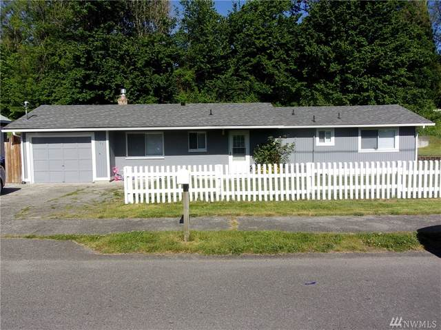 8027 S Thompson Ave, Tacoma, WA 98408 (#1607794) :: Real Estate Solutions Group