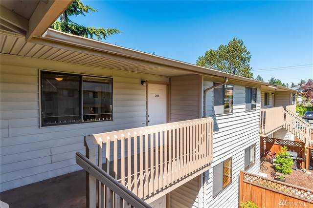 325 NE Kettle St #208, Oak Harbor, WA 98277 (#1608465) :: NW Homeseekers