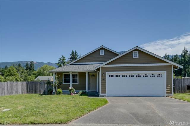 242 17th St, Gold Bar, WA 98251 (#1608612) :: Hauer Home Team