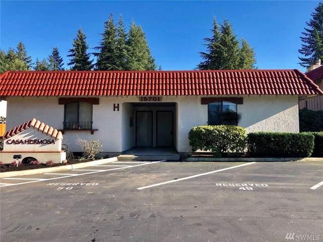 15701 NE 18th St H4, Bellevue, WA 98008 (#1608787) :: McAuley Homes