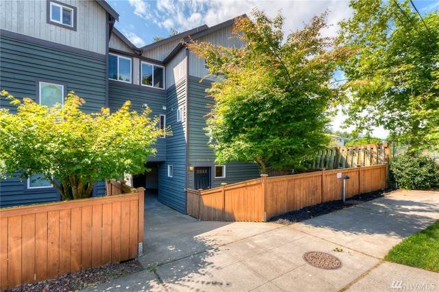 2121 N 113th A, Seattle, WA 98133 (#1609402) :: Real Estate Solutions Group