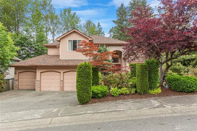 8220 147th Ave SE, Newcastle, WA 98059 (#1609493) :: The Kendra Todd Group at Keller Williams