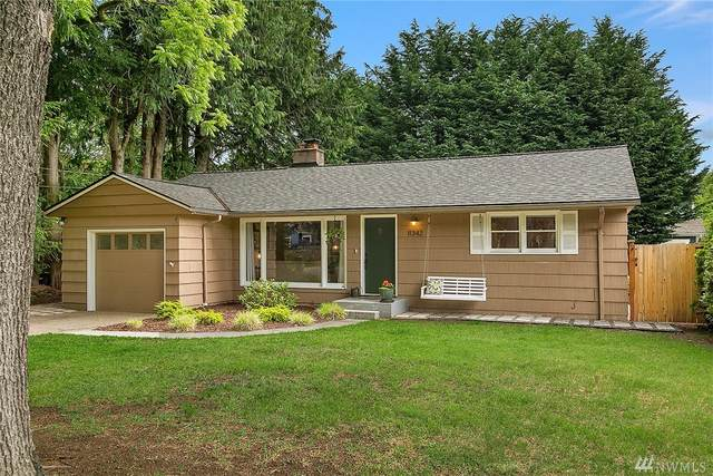 11342 17th Ave NE, Seattle, WA 98125 (#1609576) :: Northern Key Team