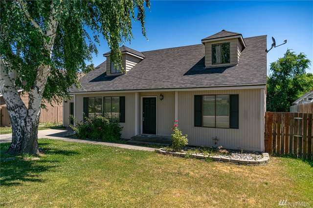 1305 Welch Ave, Wenatchee, WA 98801 (#1609792) :: The Kendra Todd Group at Keller Williams