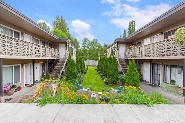 3019 NE 143rd Street, Seattle, WA 98125 (#1610387) :: Priority One Realty Inc.