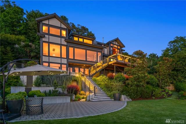 10411 Maplewood Place SW, Seattle, WA 98146 (#1610404) :: The Kendra Todd Group at Keller Williams