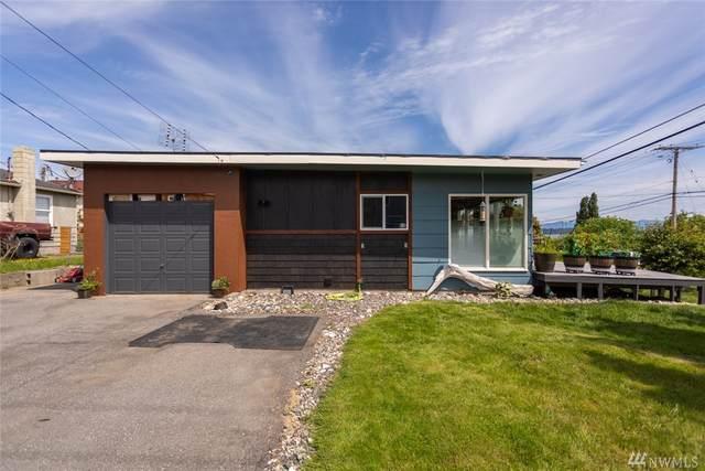 904 35th St, Anacortes, WA 98221 (#1610534) :: Ben Kinney Real Estate Team