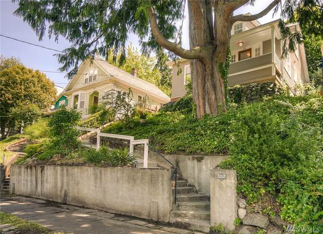 3218 36th Ave S, Seattle, WA 98144 (#1610553) :: The Kendra Todd Group at Keller Williams