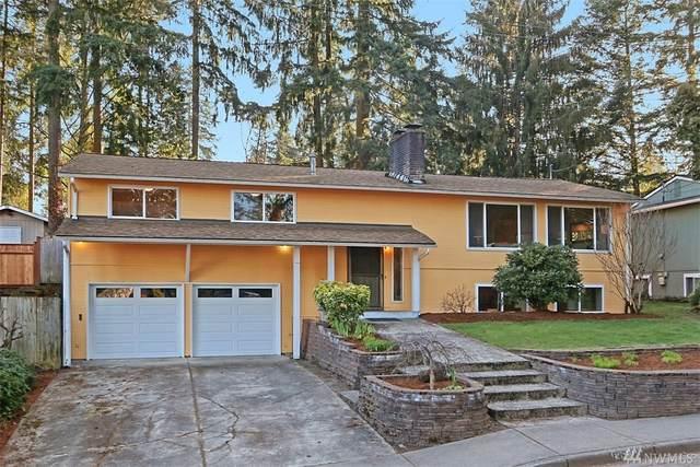 13829 NE 74th St, Redmond, WA 98052 (#1610571) :: Alchemy Real Estate
