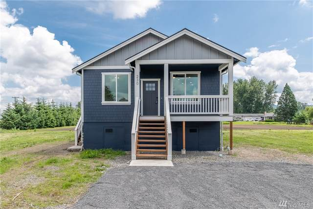 230 Gough Street, Sumas, WA 98295 (#1610675) :: Pacific Partners @ Greene Realty