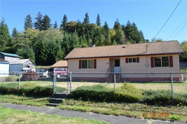 1245 Larch St, Raymond, WA 98577 (#1610973) :: Commencement Bay Brokers