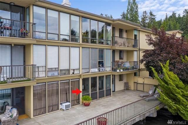 4561 Lake Washington Blvd NE #101, Kirkland, WA 98033 (#1611290) :: Canterwood Real Estate Team